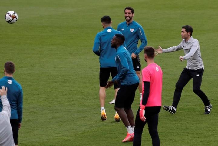 Marcelino sigue confiando en la cantera del Athletic. EFE