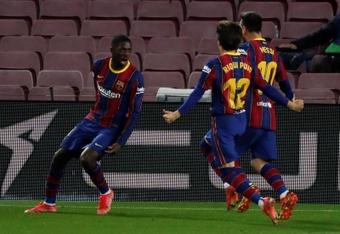 El Barça quiere renovar a Dembélé a toda costa, aunque a la baja. EFE