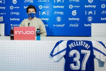 Pellistri casi se queda sin ir a un grande. EFE