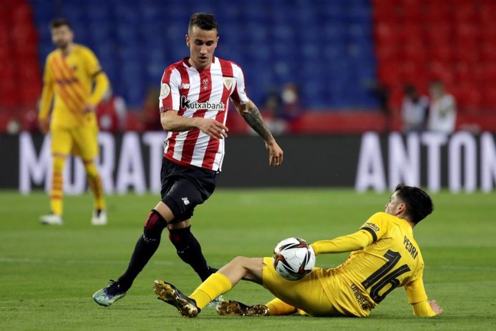Berenguer habló sobre la solidez defensiva del Athletic. EFE