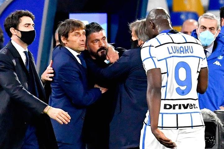 El Nápoles resiste con el 'orgullo Gattuso' por bandera. Captura/MovistarLigadeCampeones