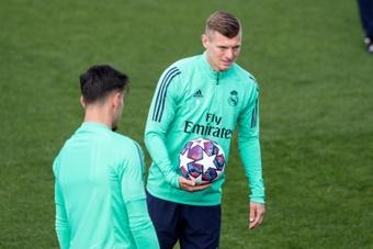 Toni Kroos podría estar disponible para la Champions. EFE