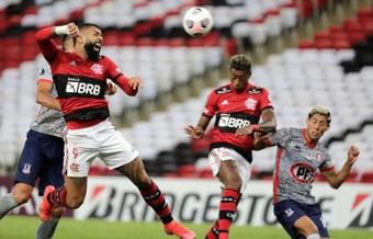 Flamengo logró el pase a la final del Carioca. EFE