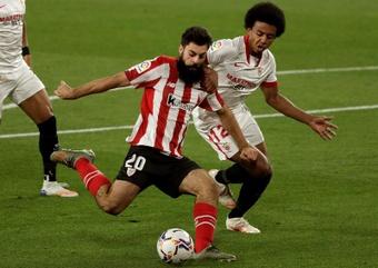 El delantero del Athletic de Bilbao Asier Villalibre. EFE