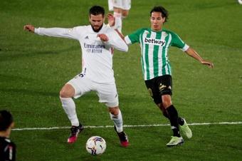 Lainez sigue luchando por protagonismo en el Betis. EFE
