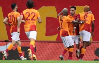 El Galatasaray ganó con gol de Falcao. EFE