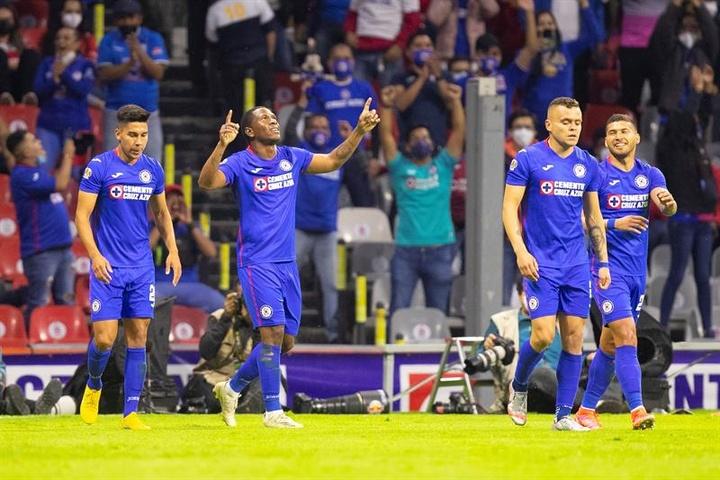 Cruz Azul obró la remontada. EFE