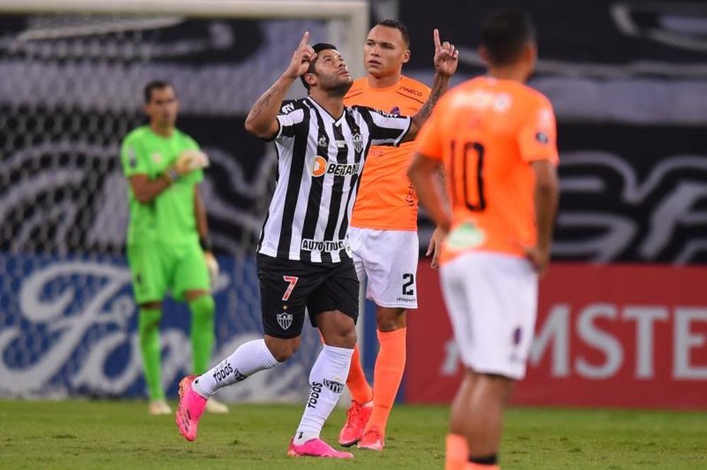Dupla Hulk e Nacho participou de 81% dos gols do Atlético-MG no Brasileiro. EFE