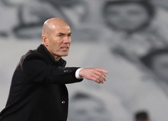 Newcastle weighed up signing Zidane, but the former Madrid man said no. EFE
