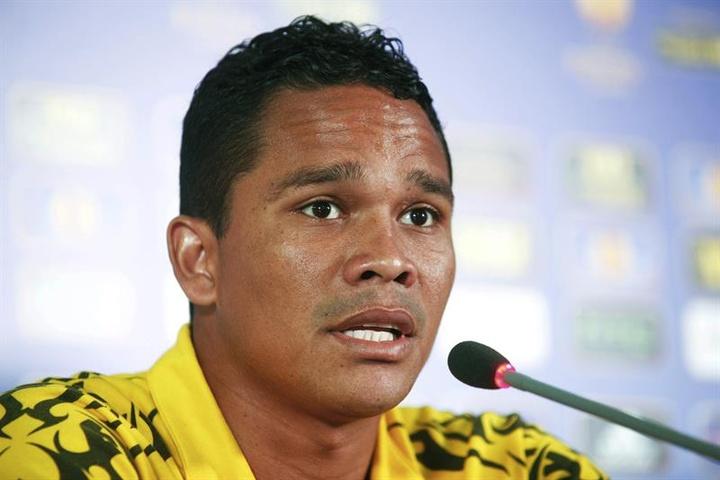 Carlos Bacca podría volver a Junior, club donde se formo como futbolista. EFE