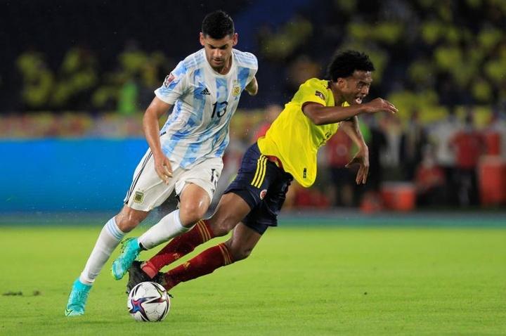 Cristian Romero y Gollini suenan para jugar en el Tottenham. EFE