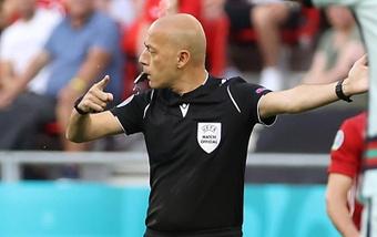 La UEFA 'premia' al árbitro del Milan-Atleti con el Alemania-Rumanía. EFE