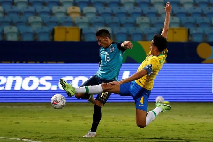 Ecuador se clasificó para cuartos. EFE