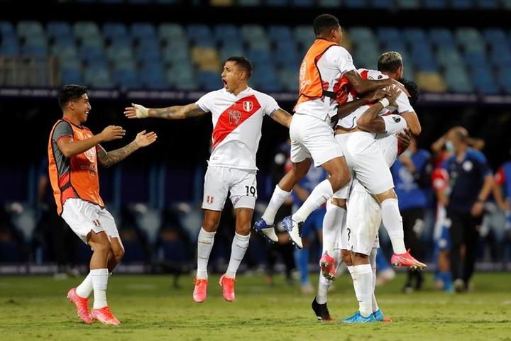 Perú se impuso a Paraguay. EFE