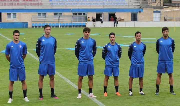 Los recién ascendidos a Primera División RFEF Amorebieta y Burgos empataron a uno. EFE