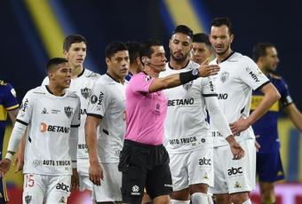 El árbitro del Boca-Mineiro, suspendido. EFE