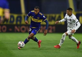 Sebastián Villa no acepta la sanción de Boca. EFE