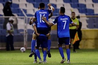 Report: Trinidad and Tobago 0-2 Salvador. AFP