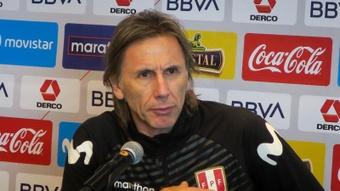 Perú comienza a preparar el partido contra Uruguay. EFE