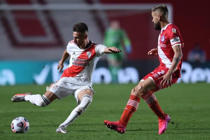 Braian Romero se lesionó en el 'Superclásico' ante Boca Juniors. EFE