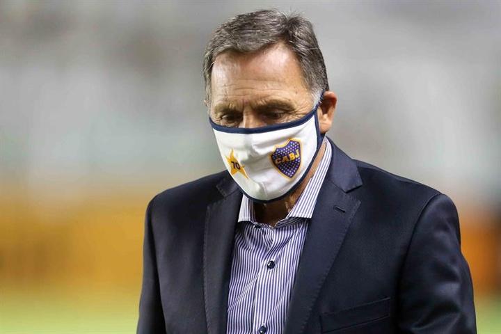Boca solo cuenta con un jugador de su primera plantilla para sus dos próximos encuentros. EFE