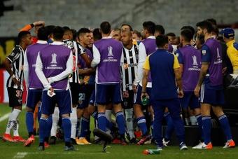 Durísima sanción de la CONMEBOL a Boca por los incidentes en Belo Horizonte. EFE