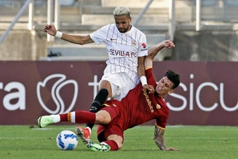 El Sevilla se enfrenta al Wolfsburgo en la Champions. EFE