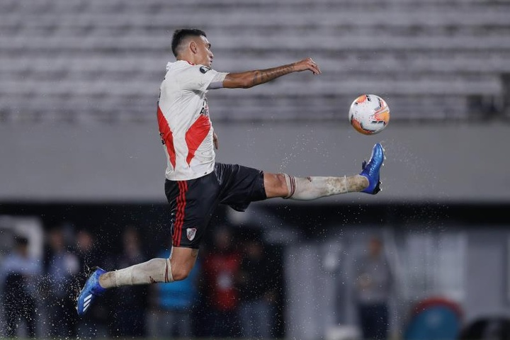 Matías Suárez sigue sin recuperarse de su lesión de rodilla. EFE