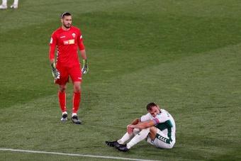 Gonzalo Verdú fue sustituido ante el Celta por problemas en el gemelo izquierdo. EFE