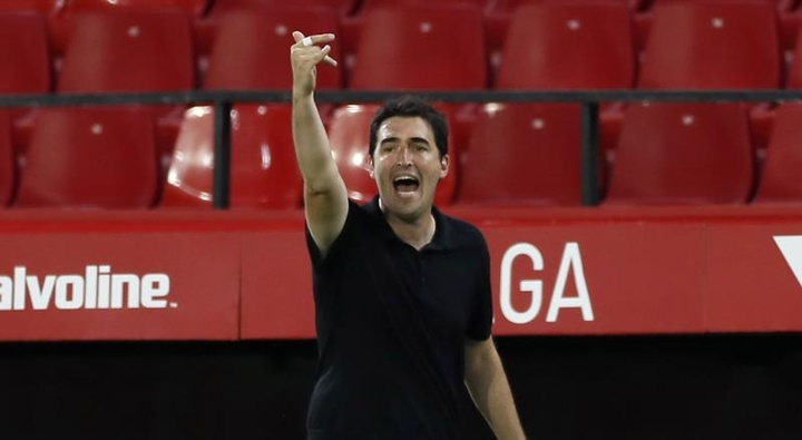 Iraola se mostró ilusionado tras la primera victoria en Liga. EFE
