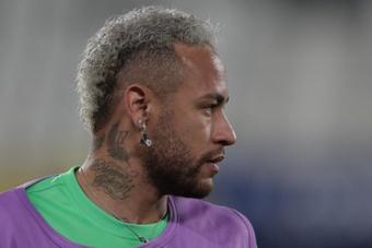 Neymar bromeó con la caída de Facebook. EFE