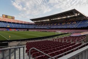 Elena Fort habló de la situación del Camp Nou. EFE