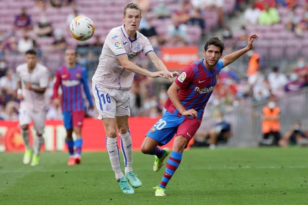 Sin acuerdo entre Sergi Roberto y el Barça. EFE