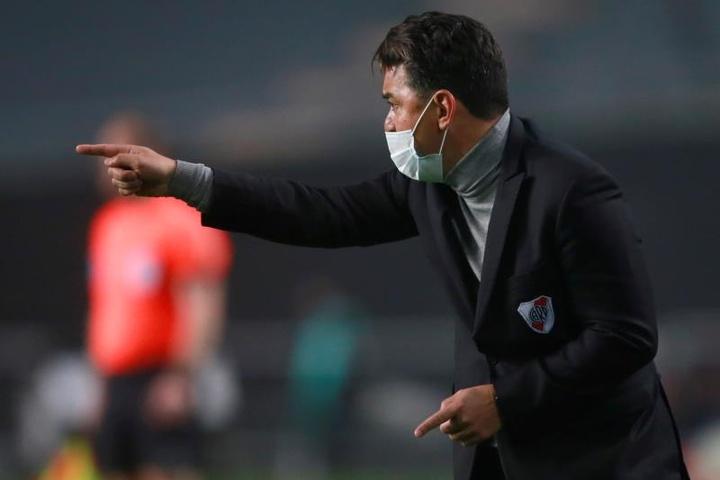 Matías Suárez y Enzo Pérez están casi descartados para jugar contra Banfield. EFE