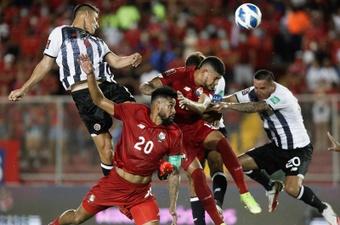 Panamá dejó con vida a Costa Rica. EFE