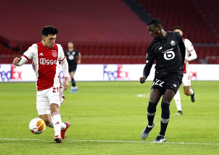 Renovação de Lisandro Martínez com o Ajax será para breve.EFE