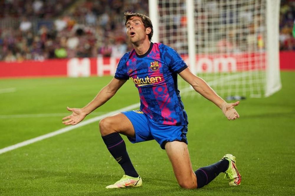 El Barça paraliza la renovación de Sergi Roberto. EFE