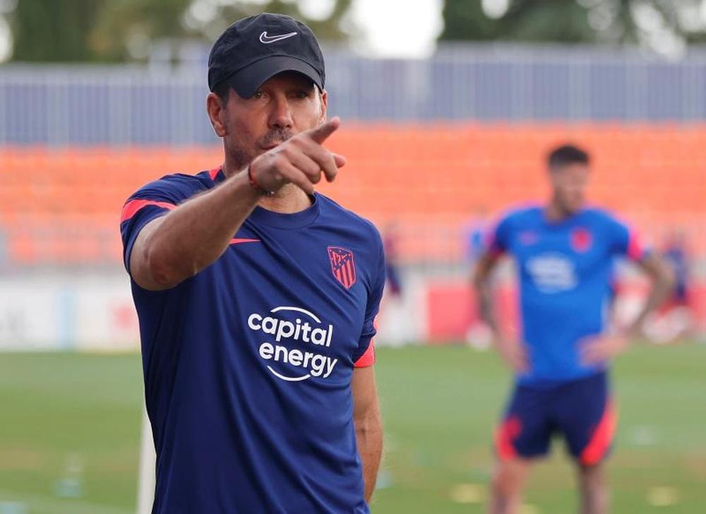 Simeone tentou que Messi fosse contratado pelo Atlético. EFE/atleticodemadrid.com