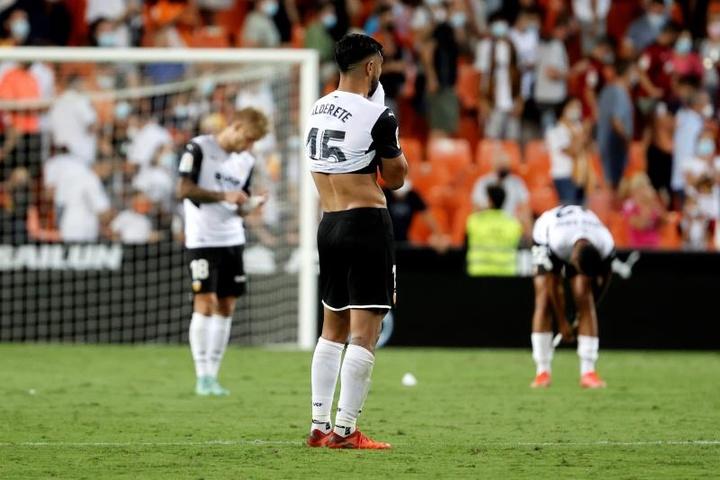 El Valencia tuvo que lamentar la lesión de tres futbolistas. EFE