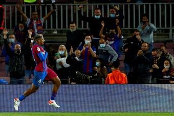 Le Barça échappe au pire. efe