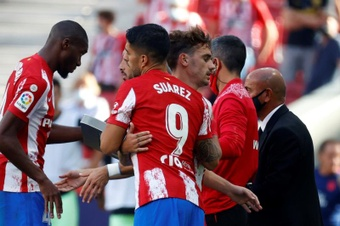 Griezmann, Suárez y Joao Félix serán titulares ante el Levante. EFE