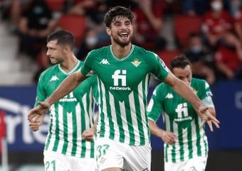 Al Betis le cuesta ganar al Valencia en el Villamarín. EFE/Archivo