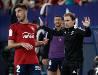 En Osasuna quieren seguir contando con Arrasate más allá de junio de 2022. EFE