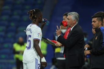 Le formazioni ufficiali di Real Madrid-Sheriff. EFE
