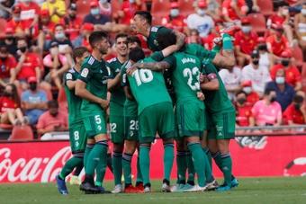 Osasuna remontó el partido ante el Mallorca en los minutos finales. EFE