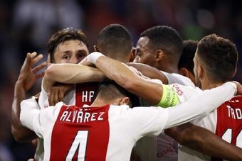 El Ajax venció 2-0 al Besiktas. EFE