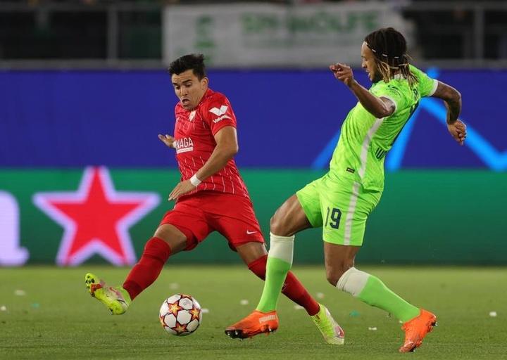 Sevilla empatou com gol de pênalti de Rakitic. EFE/EPA/Friedemann Vogel