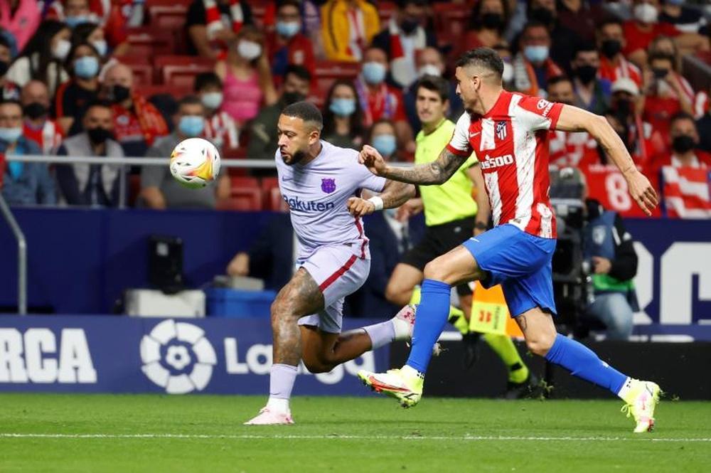 Escaso gol en el Barça pese a Depay. EFE