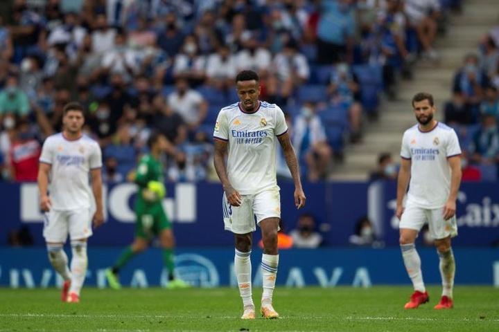 L'état du dos de Militao inquiète le Real Madrid. EFE