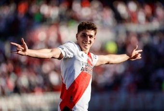 Scaloni ensalzó la importancia de Julián Álvarez para la Selección Argentina. EFE